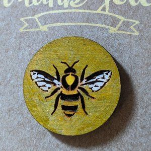Honey Bee Laser Etched Wood Pin NWT